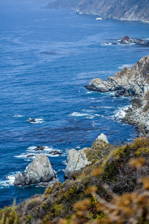 Coastal views off the 1 in Big Sur, California.